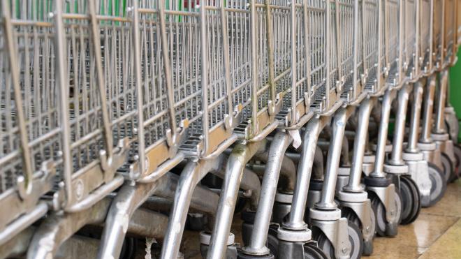 Россиянам напомнили о разрешении закупаться не только в магазинах у дома, но и в гипермаркетах