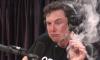 """""""Как Вам такое"""": Илон Маск закурил марихуану в прямом эфире стрима американского комика"""