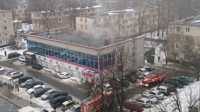 "В Колпино произошел пожар в супермаркете ""Магнит"""