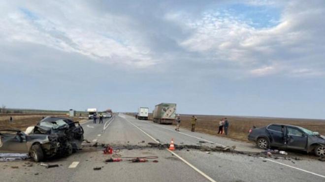 В Волгоградской области 3 человека погибли в лобовом ДТП