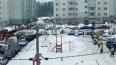 """Толпы дворников """"атаковали"""" снег в Петербурге"""
