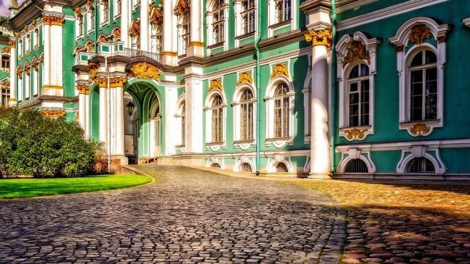 Новая неделя в Петербурге начнется с аномальной жары
