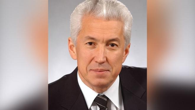 Главу Дагестана госпитализировали с воспалением легких