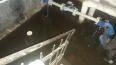 Можно плавать: на Ремесленной улице затопило подвал ...