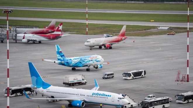 В воскресенье в Пулково отменили 12 рейсов