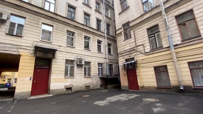На Чкаловском проспекте отремонтировали жилой 120-летний дом