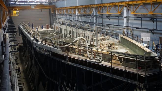 Средне-Невский судостроительный завод обновят за 490 млн рублей