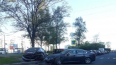 Иномарка въехала в припаркованные автомобили на проспекте ...