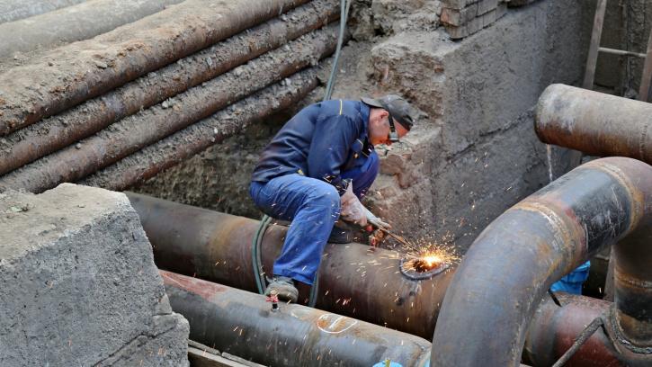 В Смольном оценили ремонт систем теплоснабжения двух районов в 11,4 млрд рублей