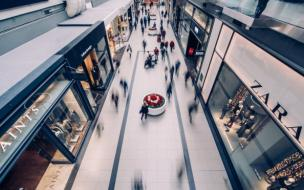 ЗакС поддержит владельцев торговых центров налоговыми льготами