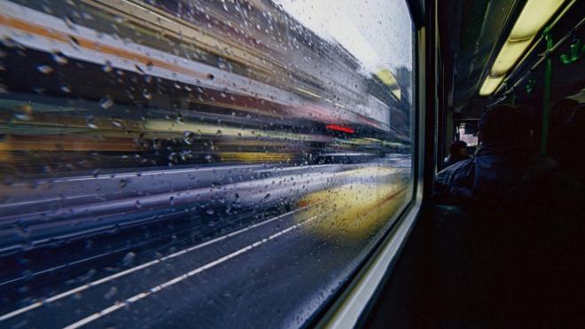 С июля петербургский транспорт перейдет на работу по единому социальному тарифу