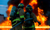 На улице Руставели ночью пожарные тушили взрывоопасный пожар