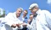 Грудинин проспорил Жириновскому 100 килограмм клубники