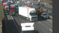 Один человек пострадал в ДТП с двумя грузовиками на КАД ...