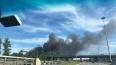 Очевидцы засняли на видео черный дым в районе Сестрорецк...