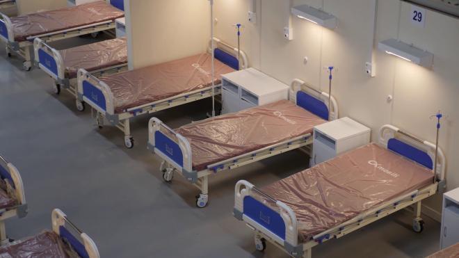 В больницах Ленобласти для пациентов с коронавирусом свободно более 30% коек