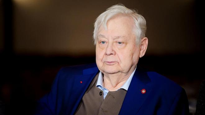СМИ назвали две возможные причины смерти Олега Табакова