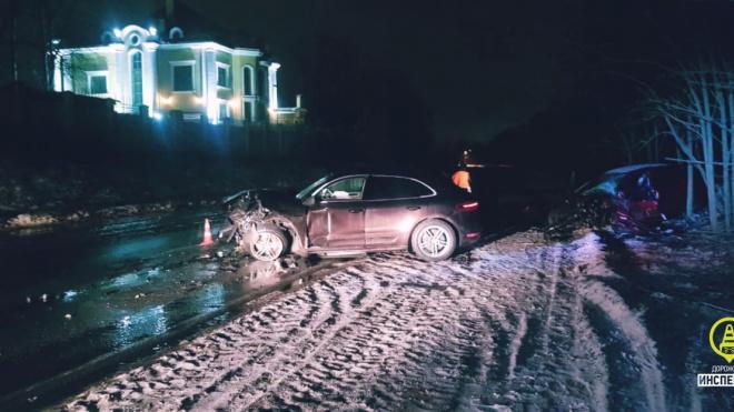 Водители пострадали после столкновения двух иномарок во Всеволожском районе