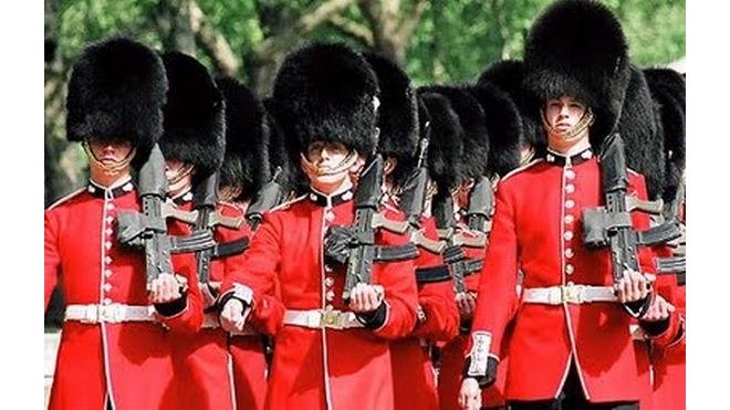 Гвардейца отстранили от службы за оскорбление невесты принца