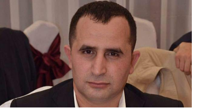Петербургский суд оставил в России азербайджанского блогера