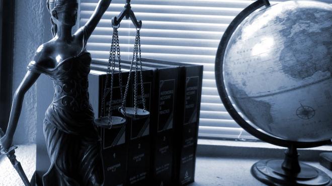 На Андреевском бульваре юристы на микроавтобусе окажут правовую помощь петербуржцам