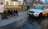 На Богатырском женщина попала под колеса автомобиля