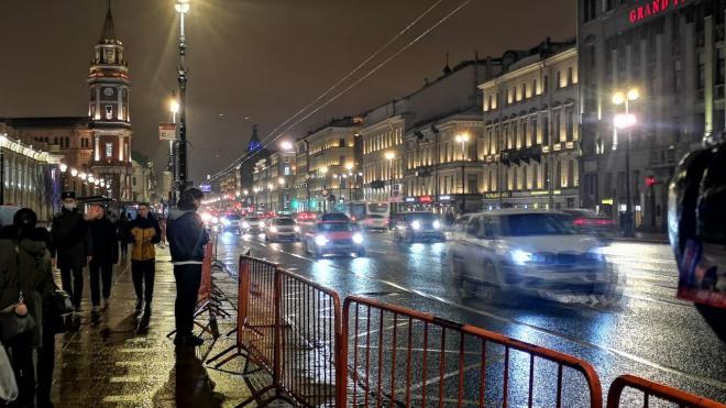 Из-за перекрытий улиц в Петербурге контрабасист Филармонии смог попасть на работу с пятого раза