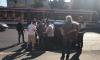 Легковушка перевернулась возле остановки на пересечении улицы Есенина и проспекта Просвещения