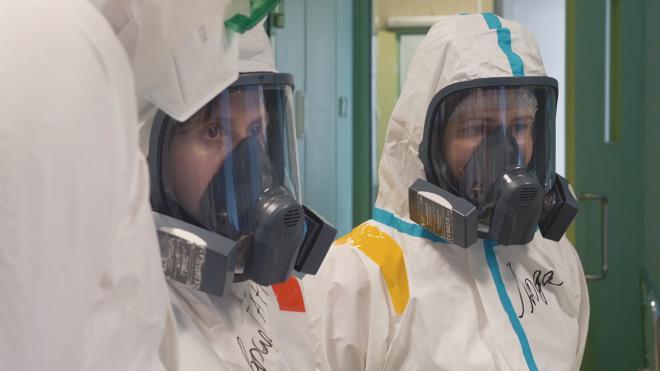 Снижение суточного числа заболевших COVID-19 зафиксировали в Петербурге