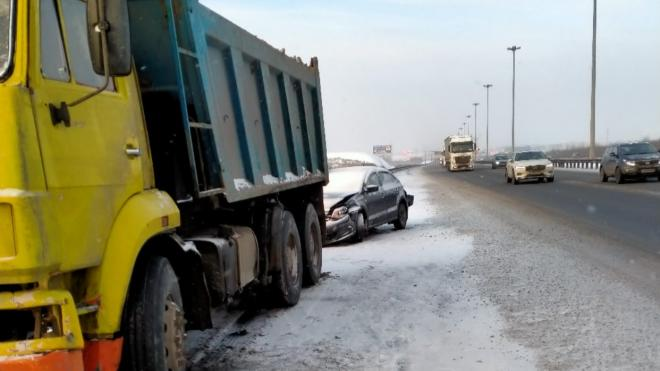 Участники аварии на КАДе 10 часов ждали приезда ГИБДД