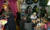 В Екатеринбурге пенсионеров привезли на чай в похоронную контору