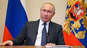 Путин отменил поездку в Петербург