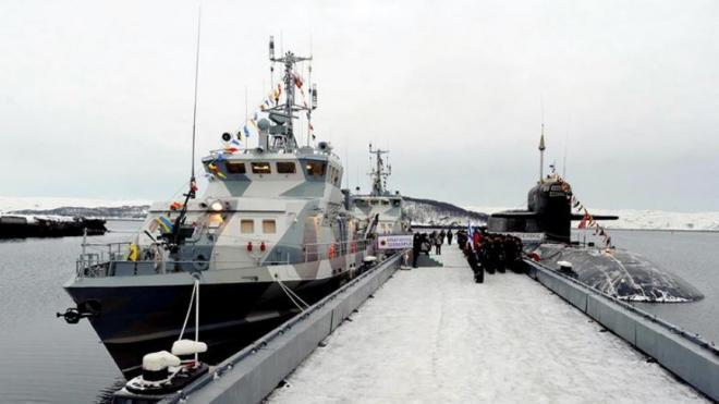 Набережные Невы перекроют на время парада в День ВМФ