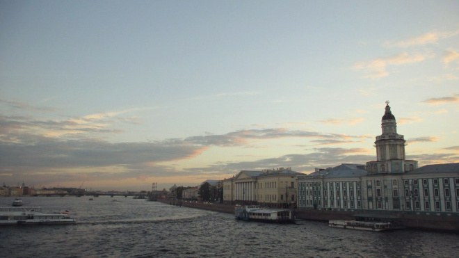 В четверг в Петербург придет теплая сухая погода