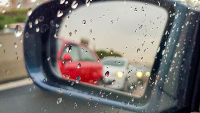 Холодный циклон принесёт в Петербург дожди и снег 8 апреля