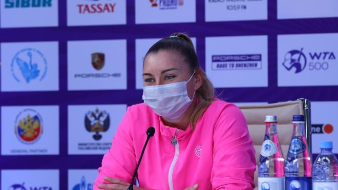Вера Звонарева обыграла Родионову в первом раунде турнира St. Petersburg Ladies Trophy