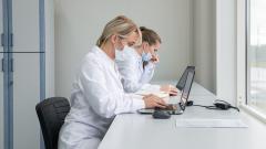 В России за сутки коронавирусом заболело 8 тысяч 173 человека, на 147 меньше, чем днем ранее