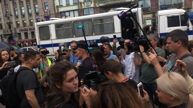 По итогам акции за честные выборы в Петербурге завели уголовные дела
