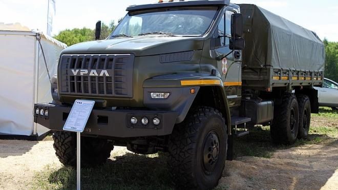 Окружное управление маттехснабжения МВД планирует купить по 3 грузовика и самосвала