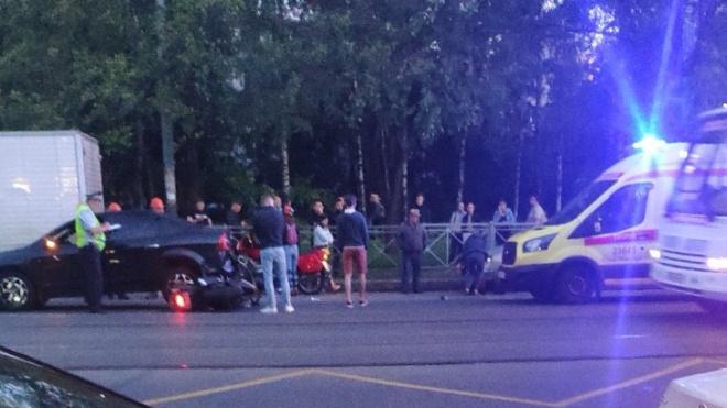 В ДТП на проспекте Науки пострадал мотоциклист
