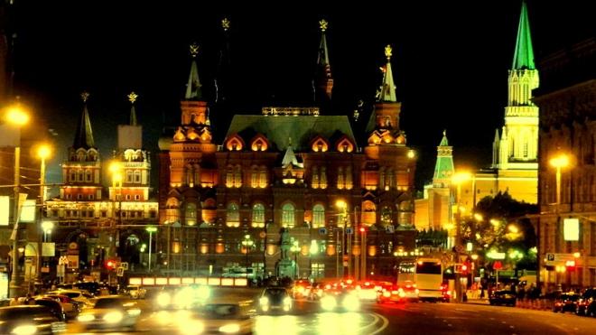 В Москве водитель врезался в памятник маршалу Жукову, чтобы покончить с собой