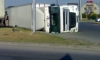 На Пискарёвском столкнулись два грузовика
