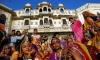 Индийская акция: Отказался от потомства - получи автомобиль