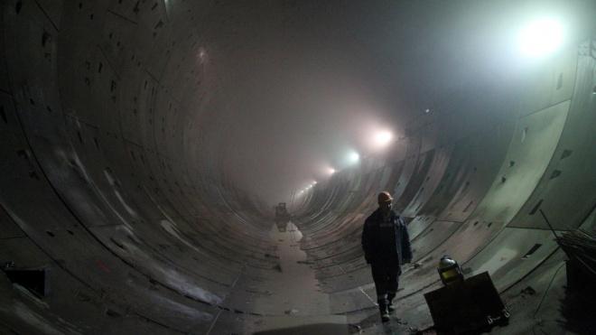 """Рабочие проложили 1,5 километра """"коричневой"""" линии метро"""