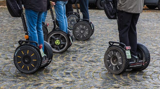 Переводчики на сегвеях помогут туристам сориентироваться в Петербурге