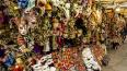Полицейские Петербурга изъяли 600 контрафактных сувениров ...