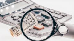 ЦБ: в первом квартале в РФ выявлено около 6 тысяч фальшивых долларовых банкнот