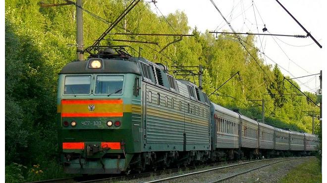 Пассажир поезда Петербург - Воркута пытался провезти через всю страну полкилограмма наркотиков