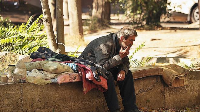 От сурового петербургского лета скончался бездомный