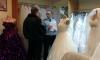 В петербургском свадебном салоне арестовали 45 платьев за долги хозяйки